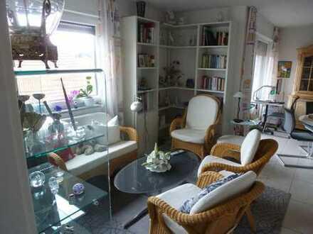 Exklusive, neuwertige 2-Zimmer-Wohnung mit Balkon und Einbauküche in Remseck am Neckar