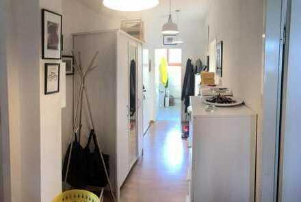 Zimmer in Bremen Viertel. Schöne und grosse Wohnung