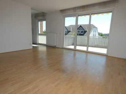 Moderne, hochwertige 3-Zimmer Wohnung mit Süd-Balkon