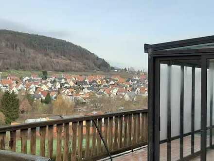 Ansprechende 5-Zimmer-Wohnung mit Balkon und Einbauküche in Klingenmünster