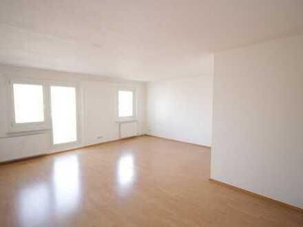 4 Zimmer ETW, Küche, Diele, Bad, Balkon, 82 qm, zentrale Lage