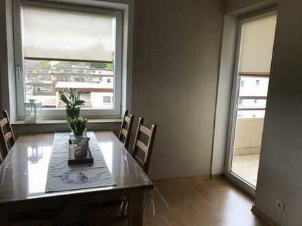 Helle 2-Zimmer Wohnung mit Balkon, Tiefgaragenstellplatz und Keller in Würm
