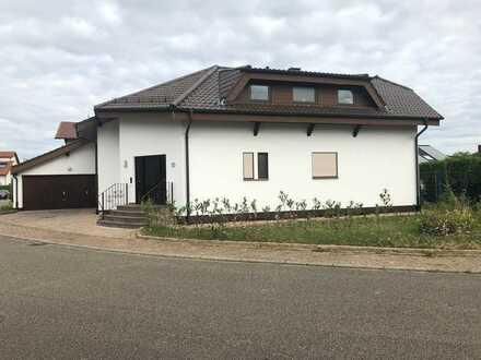 Gepflegtes 5-Zimmer-Einfamilienhaus mit Einbauküche in Rauenberg, Rhein-Neckar-Kreis