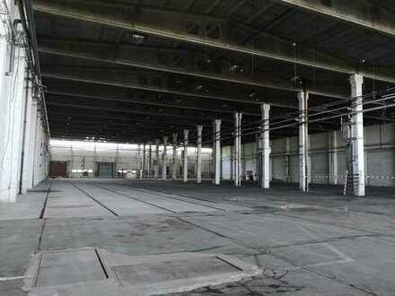 Große Lagerhalle/Werkstatt mit Büro, auch teilbar nach Mieterwunsch!