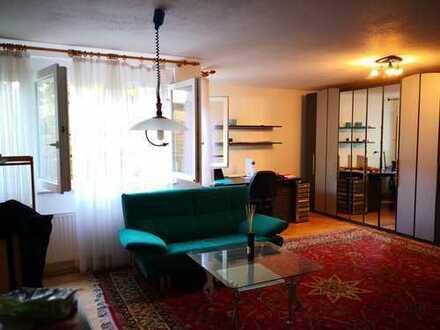 Sonnige mobilierte ELW in Einfamilienhaus mit Top-Wohnlage in Kornwestheim