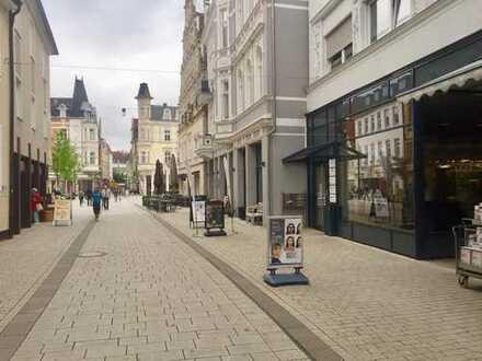 Geschäftsraum / Ladenlokal direkt in der Herforder Fußgängerzone am Neuen Markt!