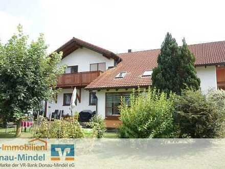 Gepflegtes Dreifamilienhaus in Bubesheim