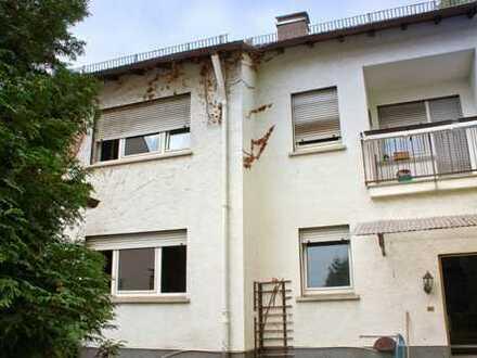 Stark sanierungsbedürftiges 1-2 Familienhaus in Viernheim