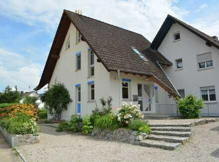 Buggingen-Seefelden: Einfamilienhaus in unverbauter Ortsrandlage!