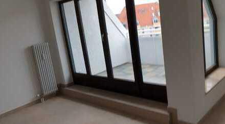Modernisierte Wohnung für 5er WG mit Dachterrasse 5 min zur Uni