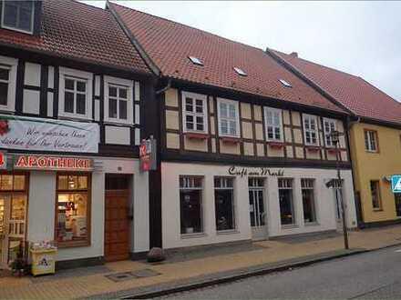Café am Markt mit 2 Wohnungen