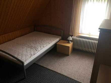 WG Zimmer in einer 5er WG frei Nähe Fachhochschule und VW