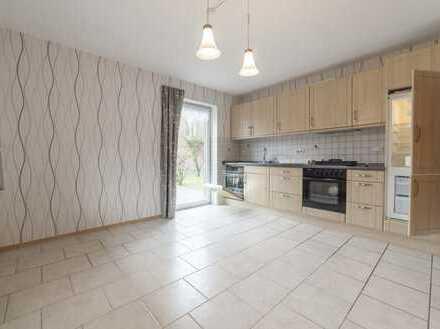 Neuwertige 2-Zimmer-Erdgeschosswohnung mit 2 Terrassen und Einbauküche in Aurich-Sandhorst