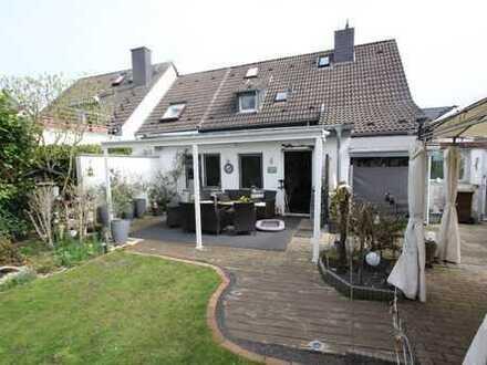 Doppelhaushälfte in bester Wohnlage mit großem Westgarten