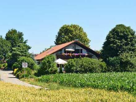 Eine Perle für Naturliebhaber! Schönes Landhaus mit Galerie bei Aulendorf