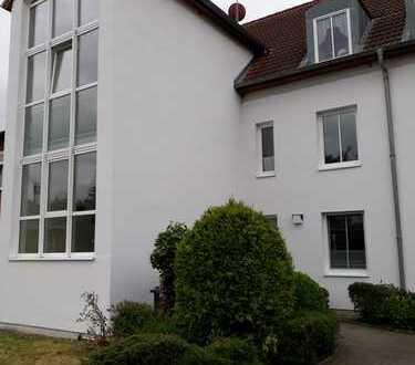 gepflegte 3-Zimmer-Wohnung mit Einbauküche in Schönberg