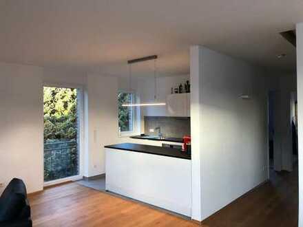 schicke, hochwertig ausgestattete 3-Zimmer-Maisonette Wohnung mit Einbauküche in Rhade