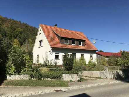 Einfamilienhaus mit Potential und großem Garten in Ostalbkreis, Bopfingen
