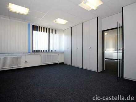 Büro-Etage im Obergeschoss | Parkplätze vorhanden | Top Infrastruktur