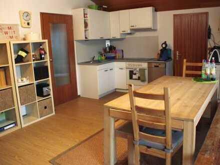 Schöne und ruhige 2,5 Zimmerwohnung mit großem Süd-Balkon in Tettnang Kau *PROVISIONSFREI*