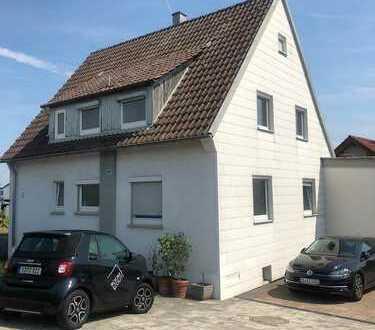 Fliederweg 12, 2x Zimmer zum 01.02 im Haus in Freiberg Nähe Ludwigsburg