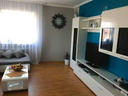 Profi Concept: Ihr neues Zuhause in Sulzbach/Main, schöne 3 Zimmer Wohnung mit Balkon und Stellplatz