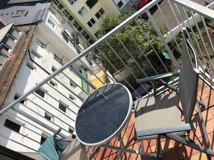 WG-Zimmer (18qm) – Nachmieter gesucht – ab 01.08 – *Mainz*superzentral*Innenstadt* 3-Zimmer-Wohnung