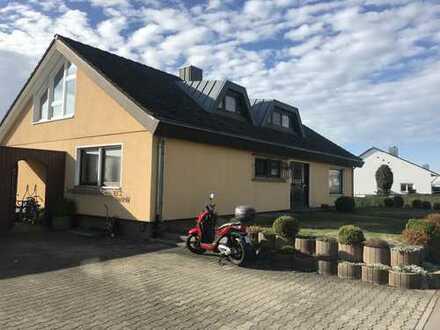 Gepflegte 4-Zimmer-Dachgeschosswohnung mit Einbauküche in Pfullendorf