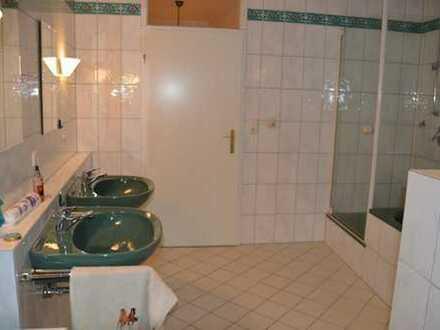 Helles 11qm Zimmer in stilvollem AltbauO