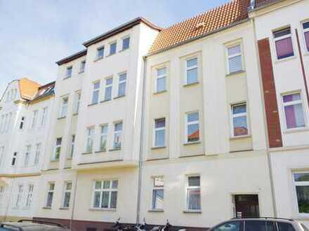 6 Raum in Dessau Nord, 2.OG mit Südbalkon, erweiterbar auf 7 Zimmer+2.Bad