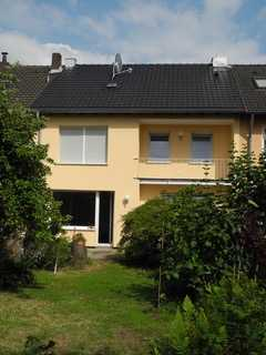 Familien willkommen! Schönes Reihenhaus in Köln Longerich zu vermieten!