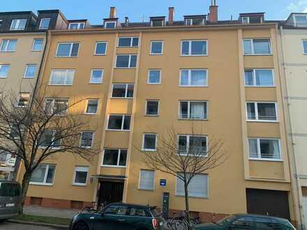 vermietete,sonnige 2-Zimmer-Wohnung mit 12 TG-Stellplätzen im Erbpacht zu verkaufen