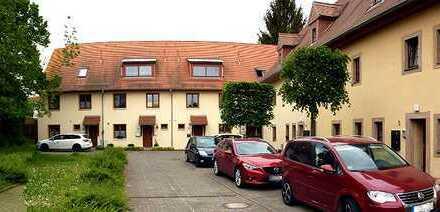 Langjährig vermietete Zwei-Zimmer-Wohnung in einem Denkmal zu verkaufen