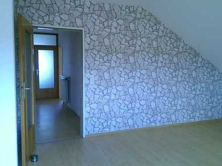 Gepflegte 2-Zimmer-DG-Wohnung in Mühltal