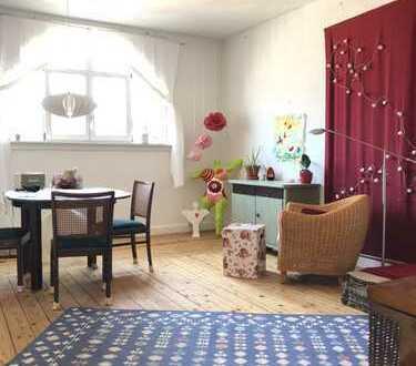4-Zimmer Dachgeschoss Wohnung im imposanten Altbau, Karlsruhe/Südweststadt