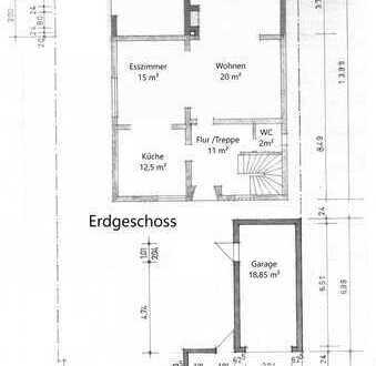 Großes Einfamilienhaus mit ca. 230 m² und Bungalow mit ca. 55 m² im Garten