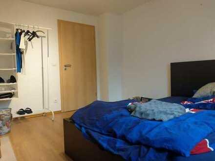 Möbliertes 15qm-Zimmer in Uninähe