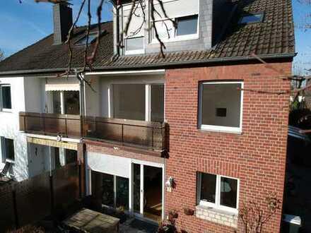 Sanierte 2,5-Zimmer-Wohnung mit Balkon in Aachen Beverau/Tierpark