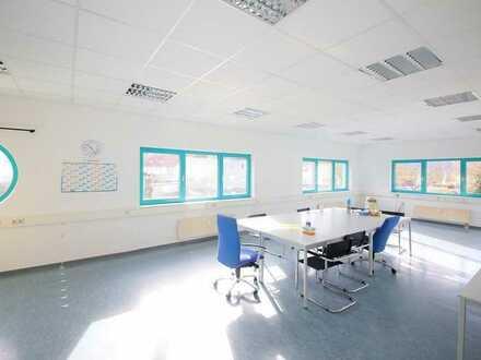 Helle Büro- oder Praxisräume in schöner Lage