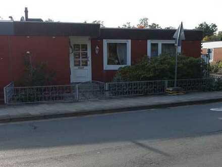 Schönes ebenerdiges Haus mit vier Zimmern in Delmenhorst, Hasport/Annenheide
