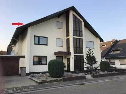 Sandhausen: 2,5 ZKB DG. Wohnung in gepfl. 3 FH. in bester Lage