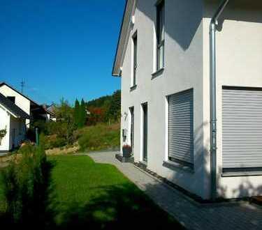 Schöner Neubau Einfamilienhaus in Netpen Central