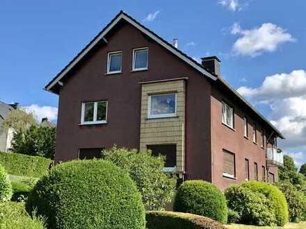 In Wetter-Grundschöttel schöne 2-Zimmer-DG-Wohnung mit EBK zu vermieten