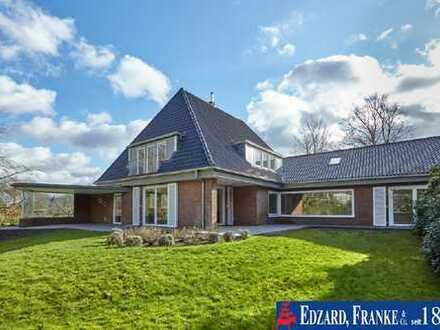 Absolute Toplage: Villa auf prächtigem Grundstück!