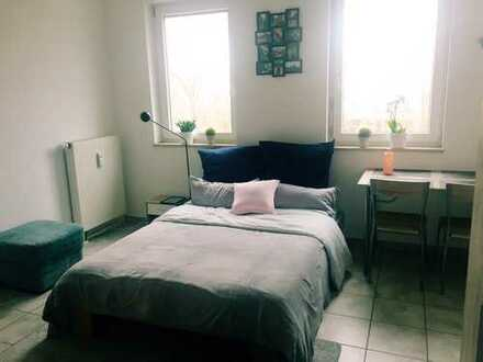 240 €, 24 m², 1 Room(s)