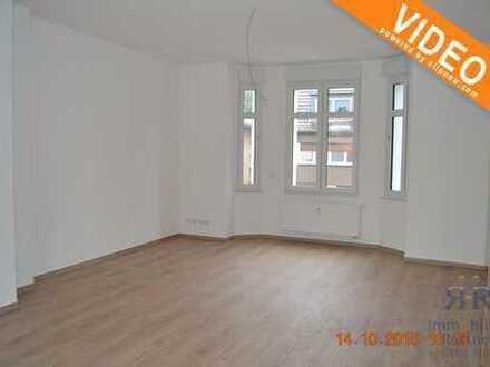 *Provisionsfrei* Kernsanierte Maisonettewohnung mit Balkon in Dinslaken-Stadtmitte!