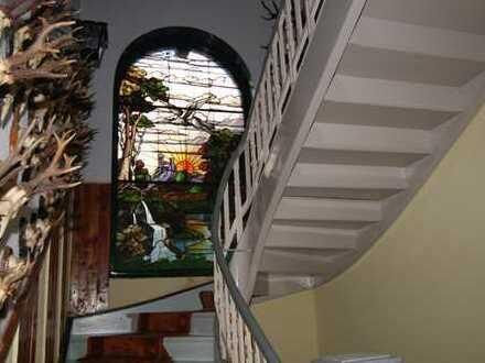 Villenartiges Einzeldenkmal in der schönen Glasbläserstadt Lauscha