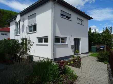 Schönes, geräumiges Haus mit vier Zimmern in Alb-Donau-Kreis, Blaustein