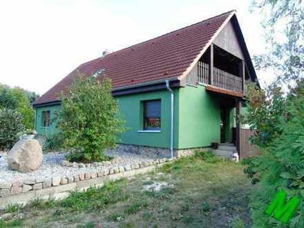 + Maklerhaus Stegemann + gepflegtes Einfamilienhaus mit ELW und Pool Nähe Feldberg