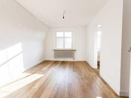 Wunderschöne Maisonette-Wohnung im Altbau, 5 Zimmer, Top Lage in Ludwigsburg